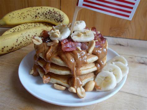 elvis pancakes toque de choc