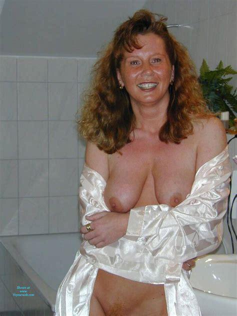 Mature Sexy Redhead January Voyeur Web