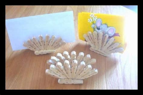 bricolage avec pince a linge en bois les 25 meilleures id 233 es concernant de pince 192 linge sur broches peintes