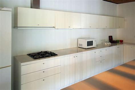 modern kitchen overhead cabinets kitchen showroom new kitchens kitchen renovation ideas