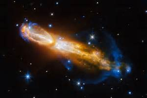 Hubble Telescope Captures Dying 'Rotten Egg' Star | Time