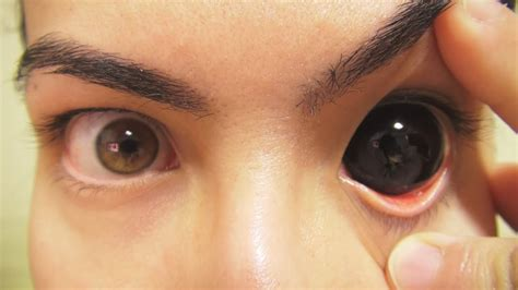 how to insert and remove black sclera contact lenses