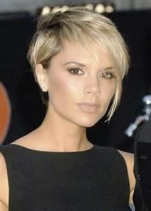 Coupe De Cheveux Femme Visage Rond Cheveux Epais : coupe courte visage ovale cheveux fins ~ Nature-et-papiers.com Idées de Décoration