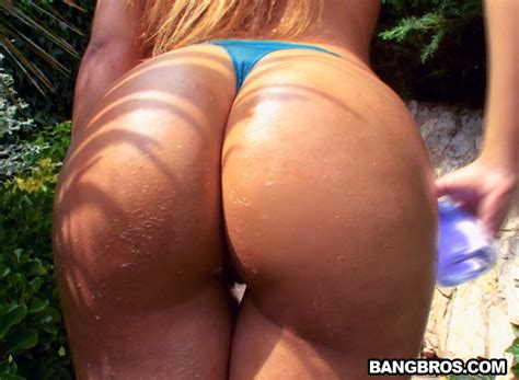 Sexy Latina From Spain With A Big Ass Ass Parade Bangbros
