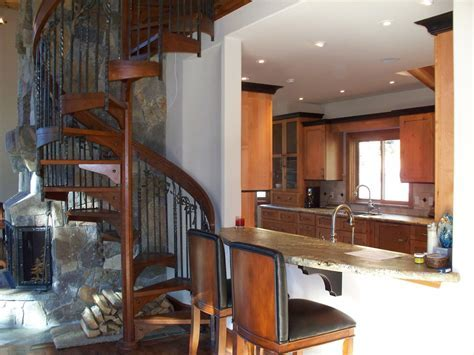 Hand Crafted Mountain Lake Kitchen, Fireplace & Spiral