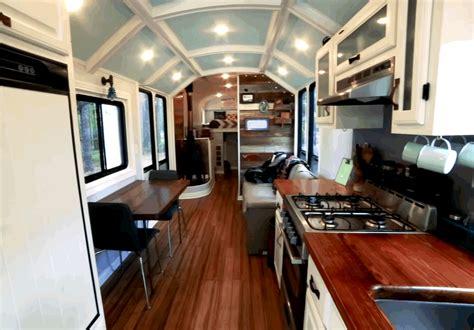 couple renovates  school bus  tiny house  wheels