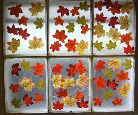 Fensterdekoration Herbst Basteln by Fensterdeko Zum Herbst Kreative Vorschl 228 Ge Archzine Net