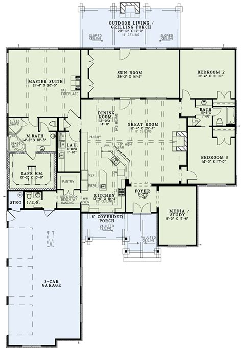 house plans with kitchen in front damn near open kitchen to lg dining and family