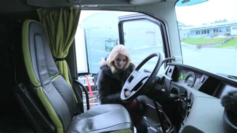 zena vozi novi volvo fh  trucking girl youtube
