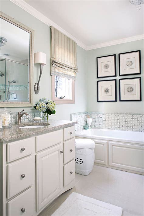 Bathroom Colors With White Cabinets by Popular Bathroom Paint Colors Better Homes Gardens