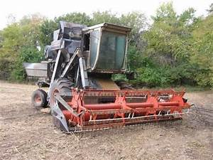 1000  Images About Gleaner Combines On Pinterest