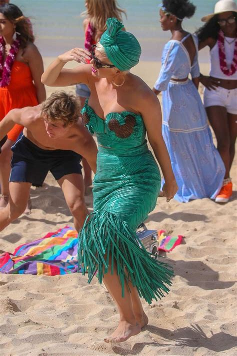 katy perry spotted in a green strapless dress while ...