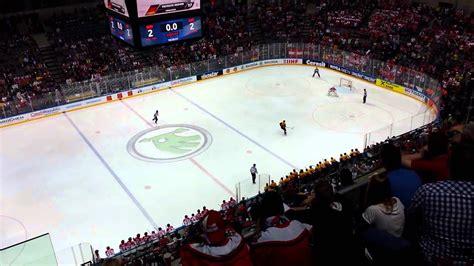 Teams get ready for riga. Eishockey-WM: Österreich gegen Deutschland - YouTube