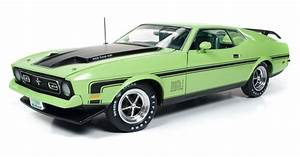 American Muscle 1971 Ford Mustang Mach 1 1 18 Scale