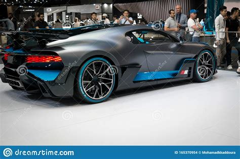 You know the vision gran turismo drill by now: Bugatti Divo - Brand New 2020 Mid-engine Track Sports Car ...