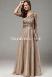 robes longues mariage robe de bal annabelle bretelle asymétrique couleur avec volants