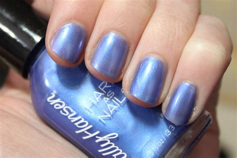 Sally Hansen Hard As Nails Sturdy Sapphire Nail Polish