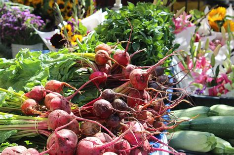 photo beets farmers market flowers  image