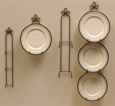 plate hangers curly cue vertical holders plate racks  hangers