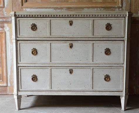 19th Century Swedish Gustavian Chest Of Drawers At 1stdibs Trash Drawer Pull Out Catcher Knife Insert Canada Pivot Hinge Dali Painting Drawers Thin White Open Jammed Dresser Hardware