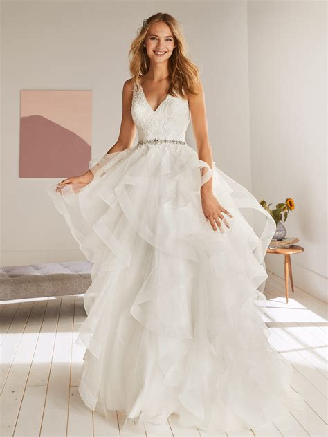 olton sexy wedding dress  princess silhouette   neck