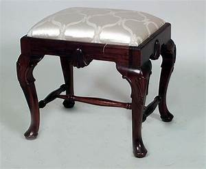 English Queen Anne Seating Benchstool Mahogany Queen