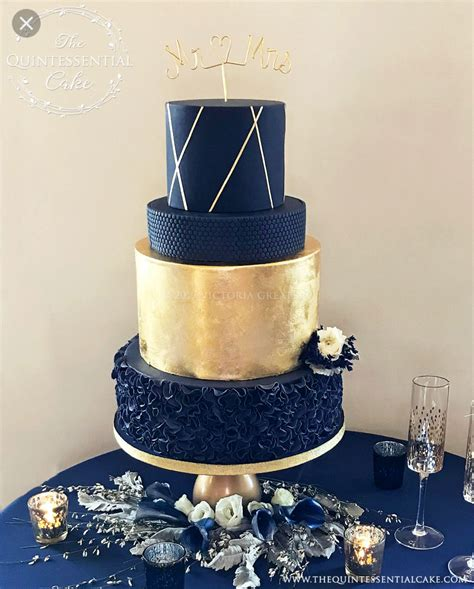 gold  navy wedding cake twin hills wedding