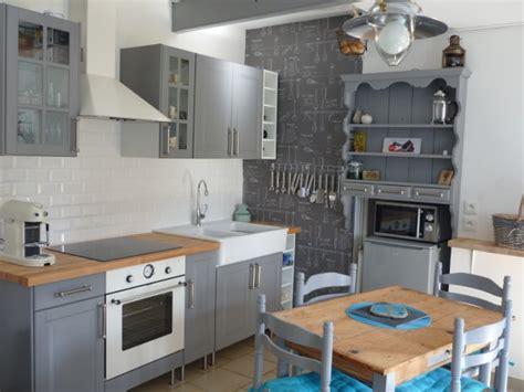 cuisine nuage du gris pour une cuisine rénovée visite privée