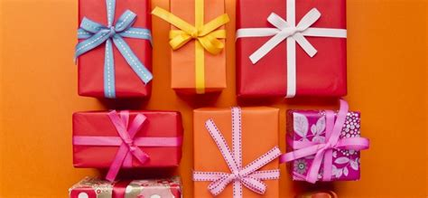 17 best images about office gift guide on what are the 9 best types of gifts to give your customers inc