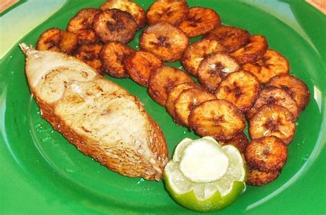 cuisine africaine plantain a typical meal i should actually get the recipe of my recipes