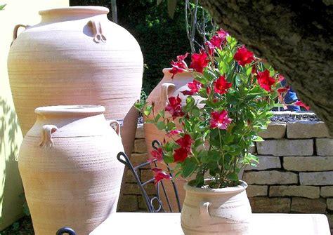 Terracotta Töpfe Streichen by Terrakotta Farbe F 252 R Die Mediterrane Gartengestaltung