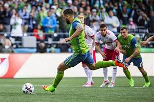 Sounders cap MLS Cup celebration in home opener with ...