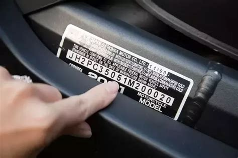 How To Use A Vin Number To Check A Car