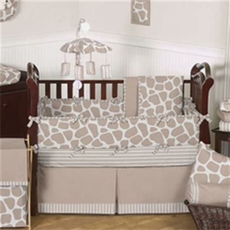 babies neutral crib bedding