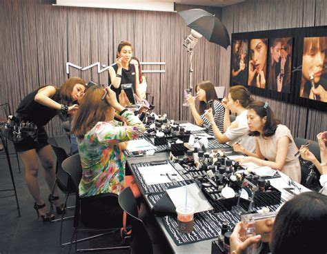 school for makeup artist make up schools for non pros