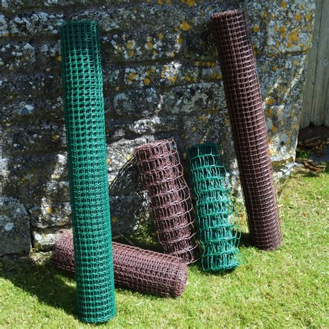 Climbing Plant Support Mesh  19mm X 19mm  05m Wide