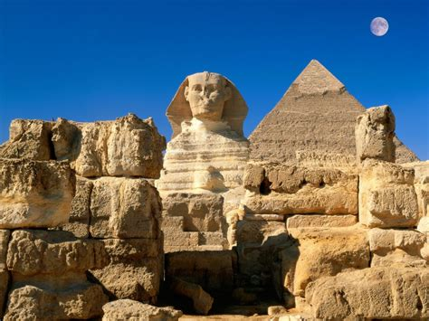 Top 10 Mysterious World Landmarks
