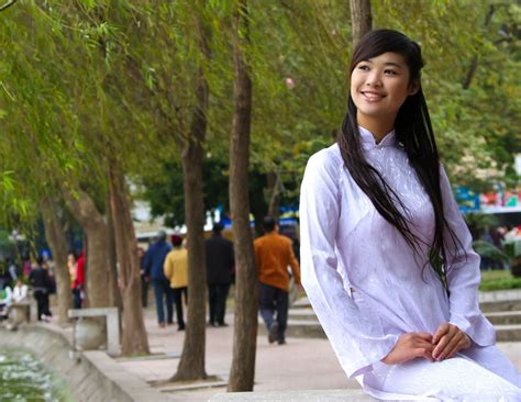 Vietnamese Traditional Food And Clothes