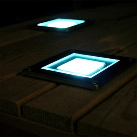 square solar powered decking light