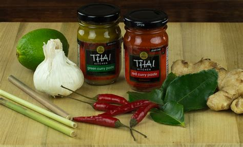 green curry paste thai kitchen thai kitchen curry paste bold n healthy 6935