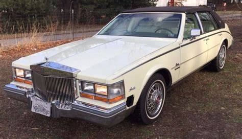 1981 Cadillac Seville 6.0 368 Waxberry Yellow W/ Brown