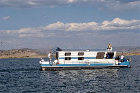 Pontoon Boats For Sale Central California by Houseboats For Sale And Houseboat Rentals Listings Boat