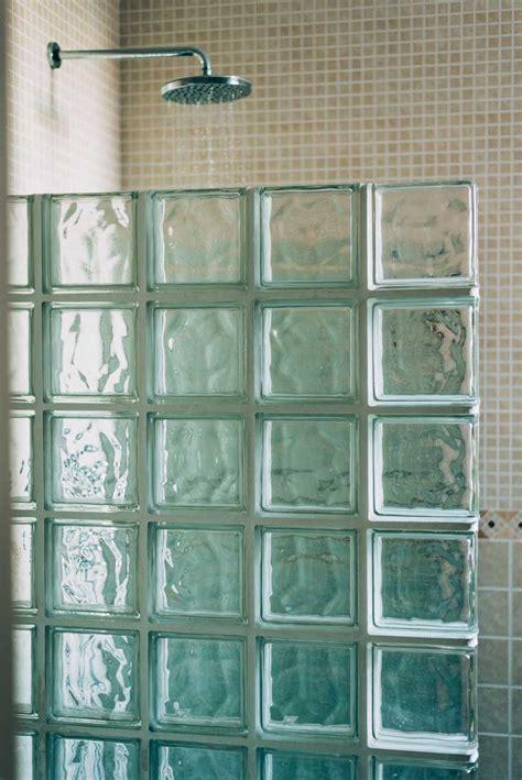 lade da bagno a parete vetrocemento 25 idee luminose per le pareti di casa con i