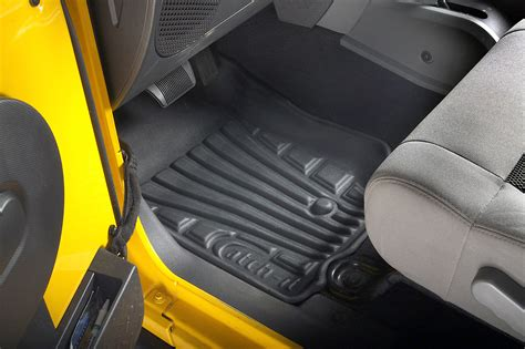 Lund Catch It Carpet Floor Mats by Lund Catch It Carpet Front Floor Liners For 07 13 Jeep
