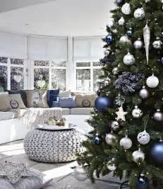 55 dreamy christmas living room d 233 cor ideas digsdigs