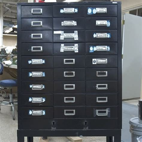 Used Vidmar Cabinets California by 1000 Images About Used Cabinets On