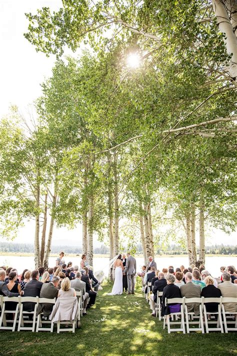 lakeside wedding at black butte ranch lakeside