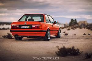 Bmw 318i E30 : the h r fire orange bmw e30 318is restoration ~ Melissatoandfro.com Idées de Décoration