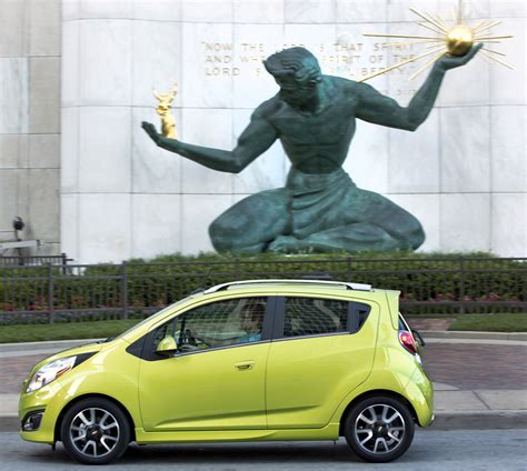Chevrolet Spark Hd Picture by 2013 Chevrolet Spark Hd Pictures Carsinvasion