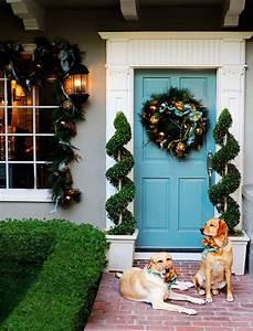 30 Inspiring Front Door Designs Hinting Towards a Happy ...